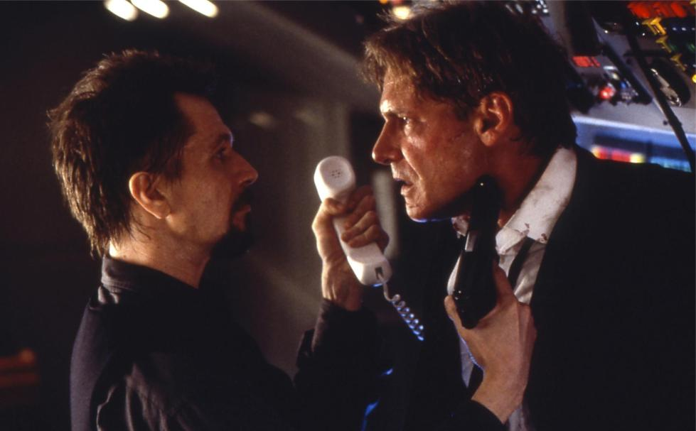 still-of-harrison-ford-and-gary-oldman-in-air-force-one-1997-large-picture