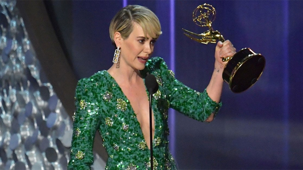 1280_sarah_paulson_2016_emmy_awards_winner