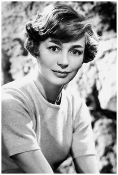 emmanuelle-riva-photo-studio-1960-presented-by-les-carbones-korc3a8s-carboplane