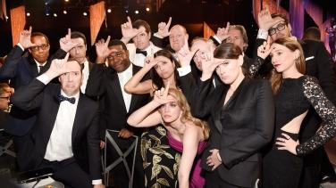 """Το cast του Veep """"ενθουσιασμένο"""" για την ήττα του από το 'Orange is the New Black'"""